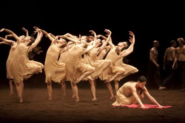 春之祭舞剧音乐特点