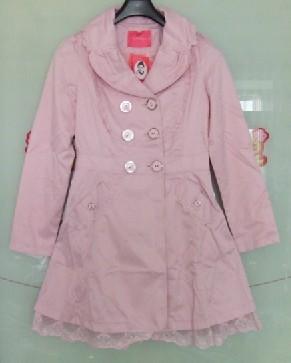 粉红色的风衣_粉红色长风衣