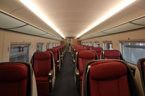 高铁一等软座_高铁的商务座,特等座,一等座,二等座的区别和服务是什么 ...