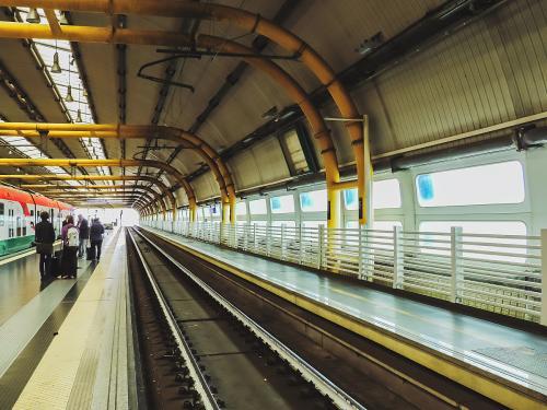 北京坐地铁流程_从北京火车站到首都机场坐地铁怎么坐?详细流程。_百度知道