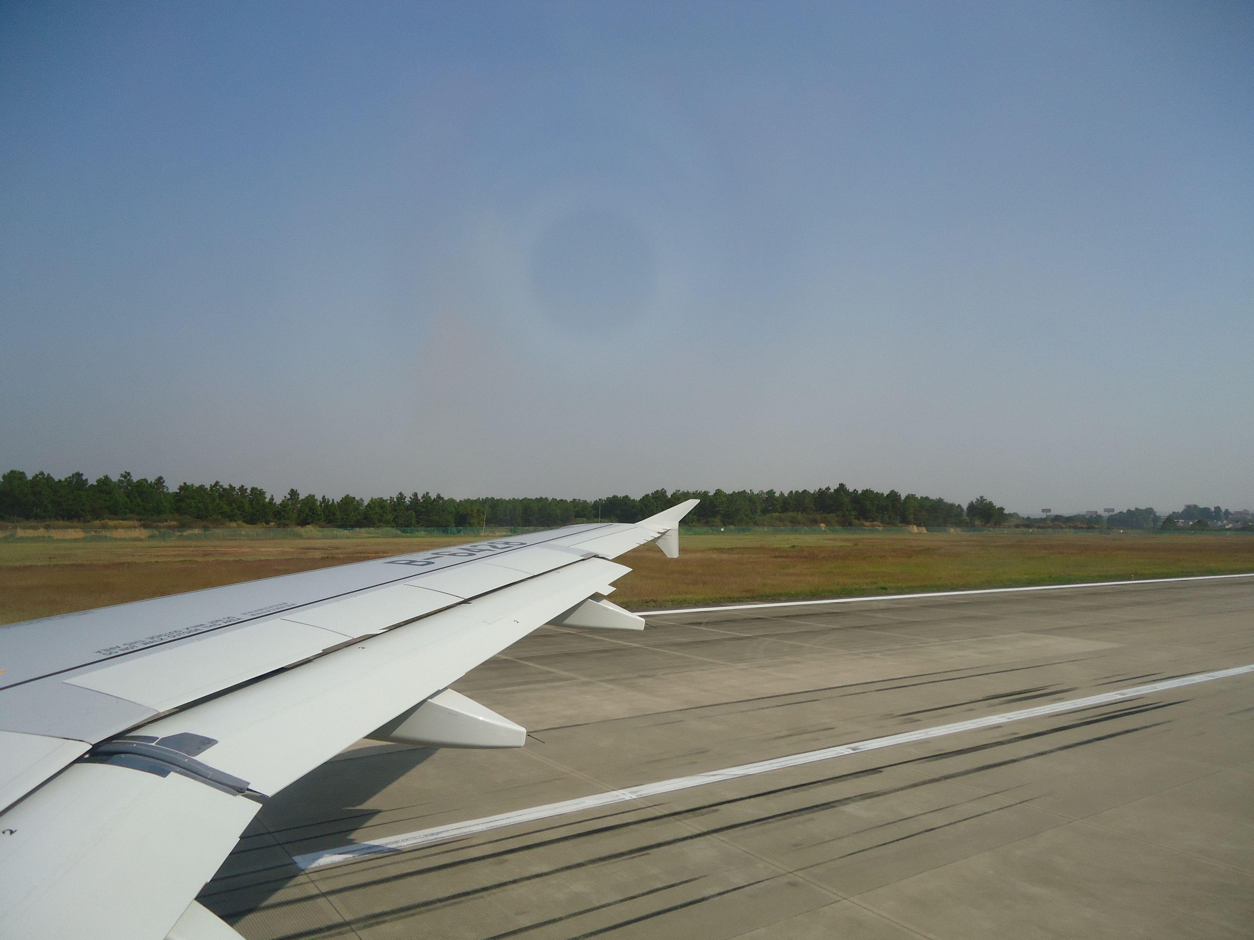 飞机起飞降落视频_飞机起飞的视频_百度知道