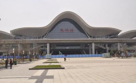 武汉的高铁站和火车站是否同一站?