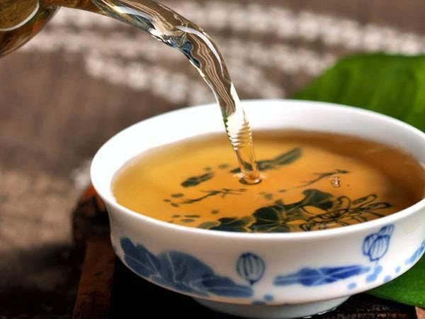 普洱茶生茶和熟茶的功效有什么不同?