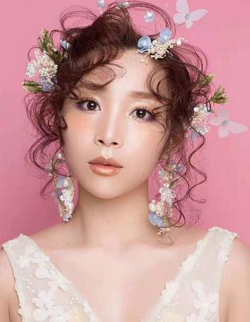 想了解下化妆,一般深圳精英化妆学校学化妆要
