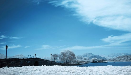 西湖十景的典故有哪些?