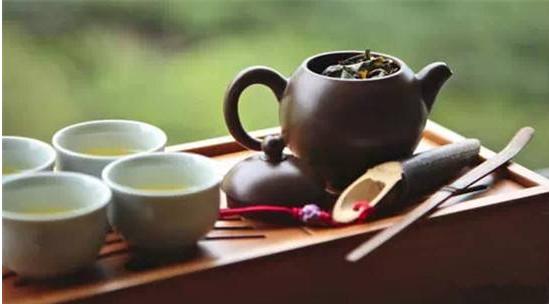 为什么每次疲劳后喝茶会头疼啊?