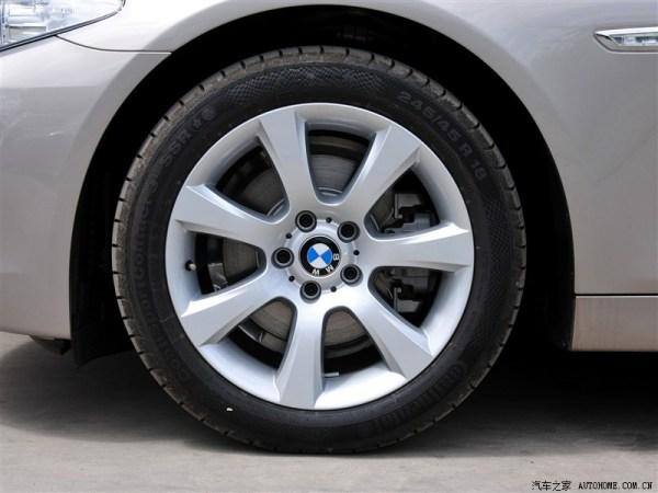 宝马x6原配轮胎_宝马5系有几种轮胎_百度知道