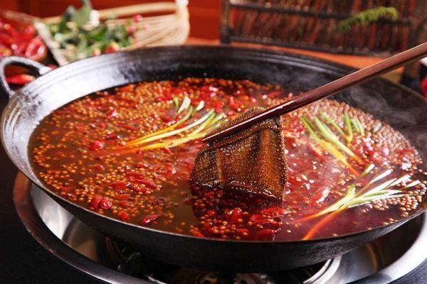 麻辣烫、串串、冒菜,到底有什么区别?