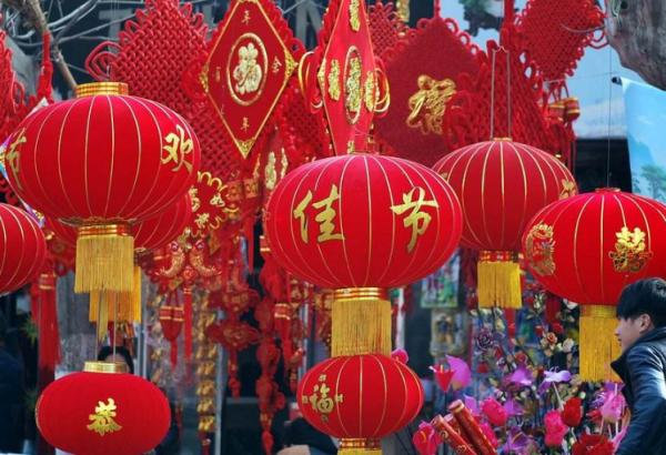 有关过年喜庆的歌曲_有关春节过年的歌曲有哪些?_百度知道