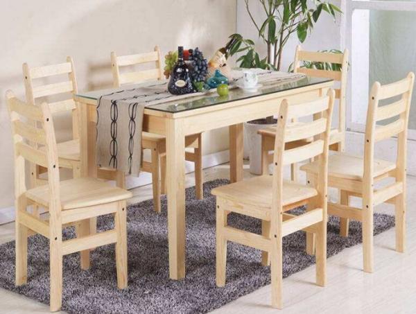 实木餐桌上铺钢化玻璃可以吗