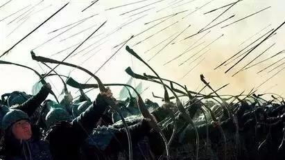 古代战争中人们用兵器档箭,真的可以吗?