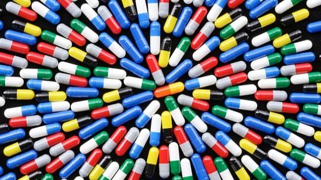 感冒药吃出肝衰竭死亡?不用过度担心,这是超剂量使用惹的祸的头图