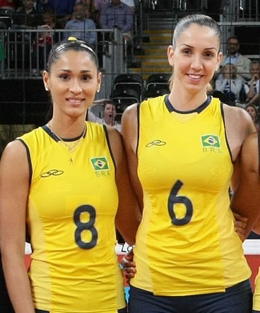 女排12号漂亮_巴西女排的6号和8号分别是谁啊???求具体资料和照片 ...
