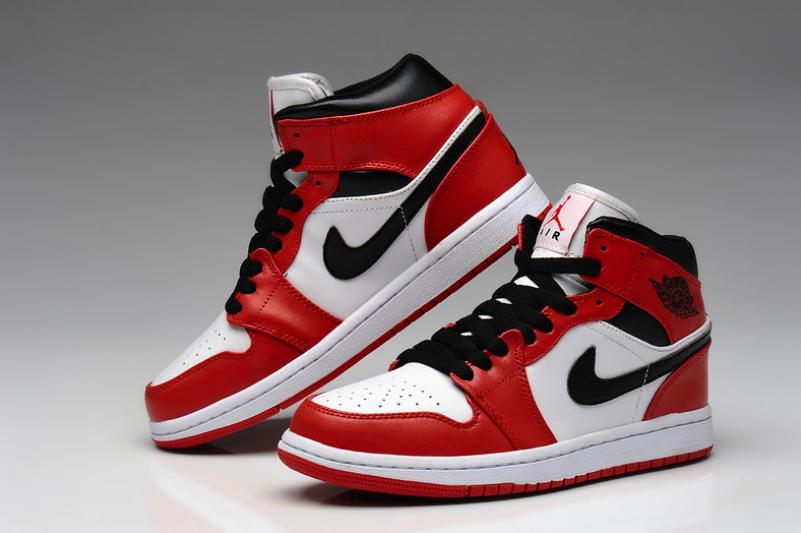 乔丹篮球鞋实体店_网上哪里可以买到正品乔丹篮球鞋??_百度知道