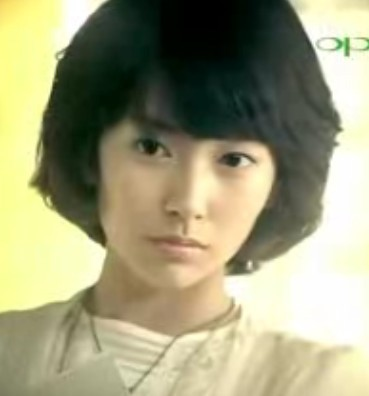 oppo手机广告男主角_oppo女主角的发型是什么_百度知道