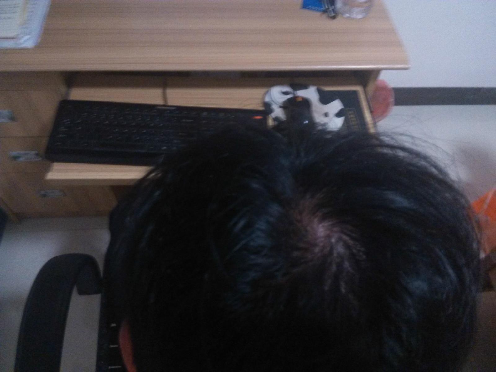抓头发日什么感觉 男友抓着我的头发口