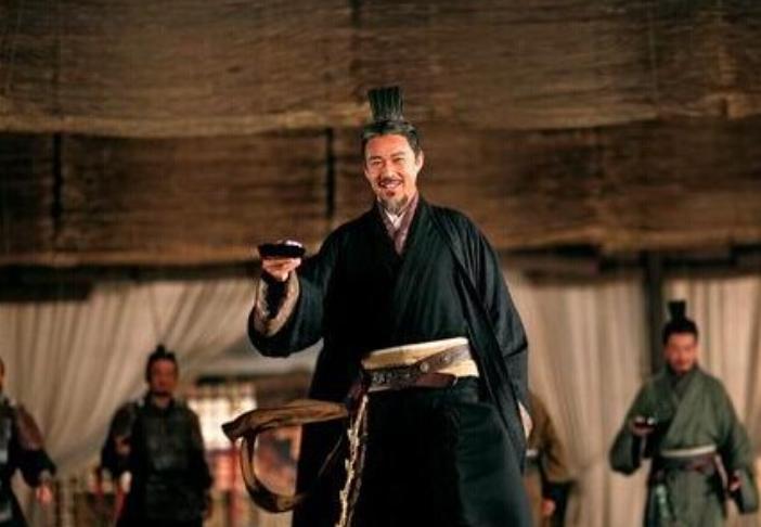 三国演义刘备,关羽,张飞,曹操等人的性格特点。