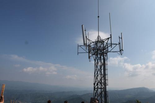 信号发射塔安全距离_信号塔的安全距离国家规定_百度知道