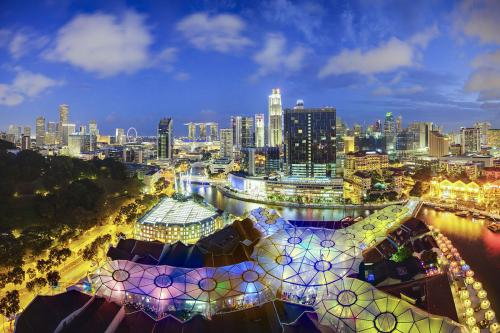 新加坡的国土面积相当于中国的哪个城市?