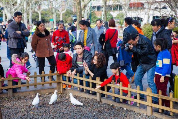 杭州14�q女孩找到,杭州西湖最出名是什么�游�