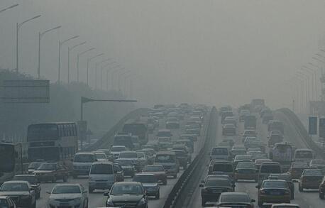 雾霾是什么造成的_光化学烟雾和雾霾的区别是什么?_百度知道