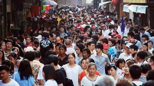 中国消费者已经彻底改变了 | 在这里改变偏见