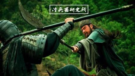古人骑马打仗到底怎么打?真的如电视剧那样站着不动原地单挑吗?