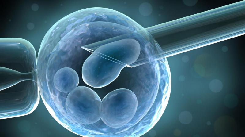 """冷冻胚胎技术到底有多牛?高龄妈妈产下""""18岁""""的婴儿"""
