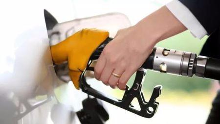 纠结买燃油车和纯电动车,究竟哪种更省钱?