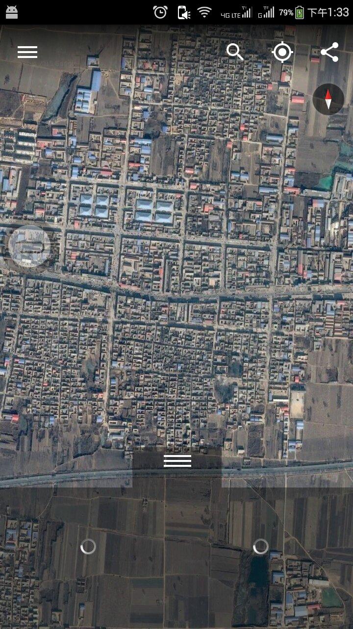 google地球手机版怎么不能显示地名呀? 图一是