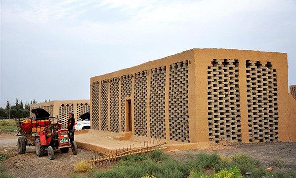 吐鲁番葡萄沟的资料_晒葡萄干的房子叫什么?_百度知道