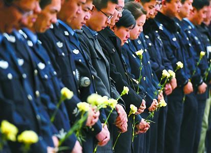 参加葬礼注意事项_在上海夏天参加追悼会应该穿什么衣服,应该注意什么事项 ...
