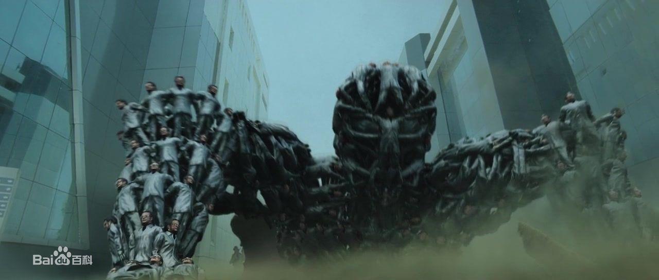 宝莱坞机器人之恋3_印度一部科幻电影许多黑衣人合体变身的叫什么名字_百度知道
