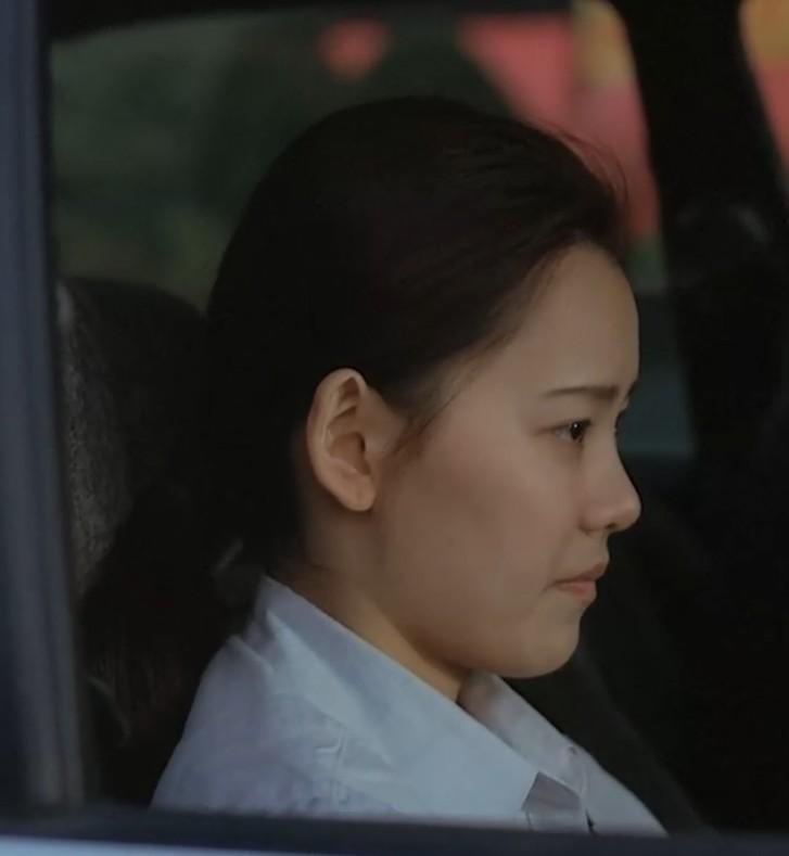 騒女爱爱_韩国电影《薄荷糖》里面跟金社长爱爱的女秘书叫什么名字?