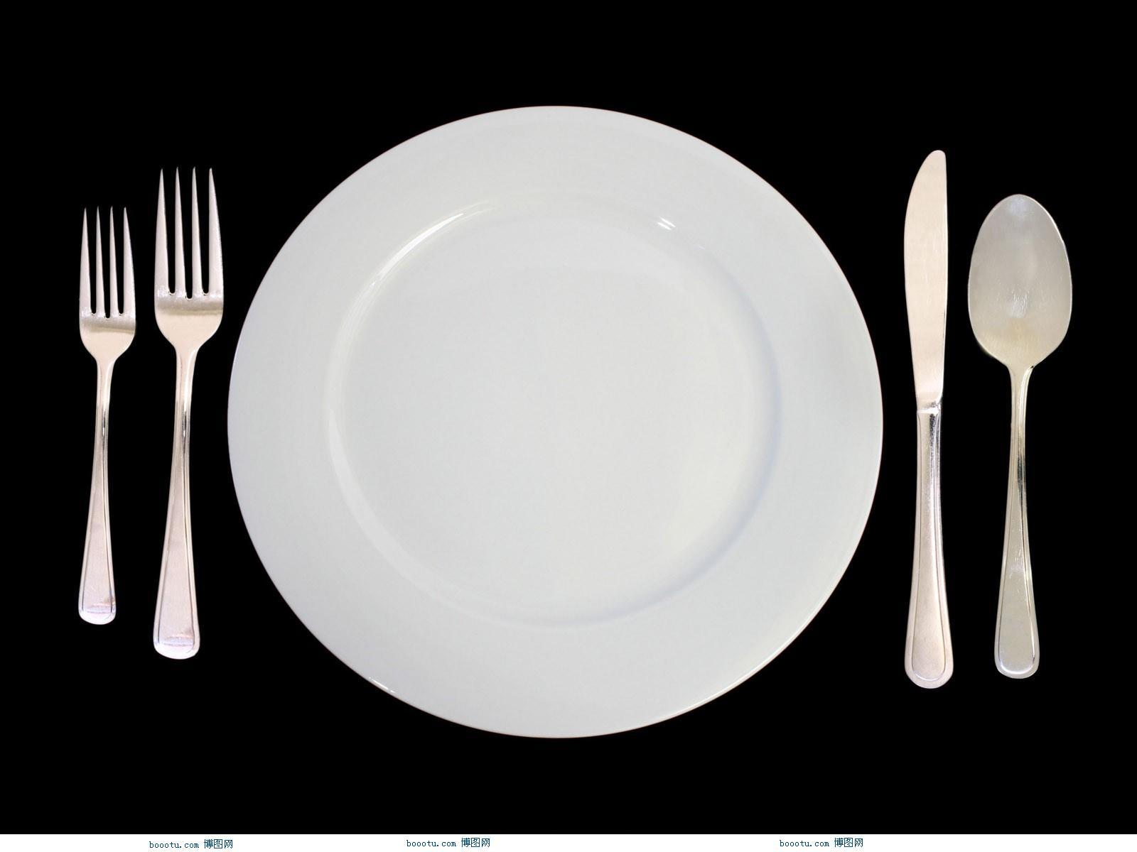 西餐哪只手拿刀_吃西餐怎么拿刀叉图解_百度知道