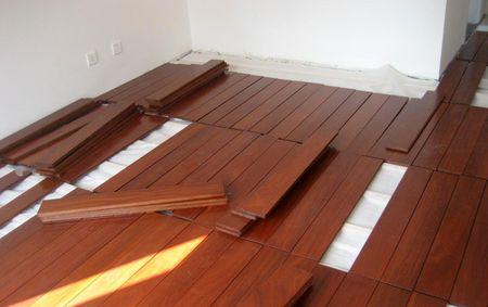 实木地板铺装工艺_实木地板铺装的时候有什么注意事项?_百度知道