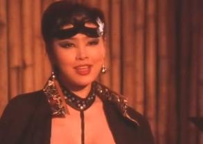欧美大乳性交_2008新金梅瓶开片头中,和西门庆老爹做爱的那个(西门庆老母)是谁?