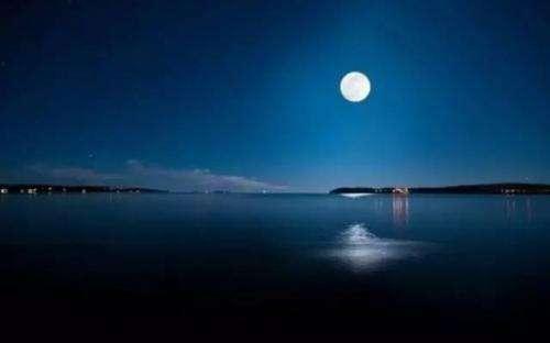 形容夜晚月亮美的古诗词 形容月亮很美的诗句有哪些 诗词歌曲 第1张