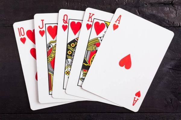 张杏月_扑克牌中红桃A代表什么含义?_百度知道