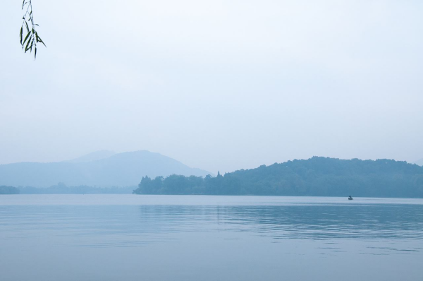 西湖诗词较长 关于西湖的古诗词有哪些 诗词歌曲 第2张