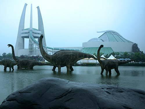 谁有常州 中华恐龙园三条龙的雕塑 的高清图片,立体的
