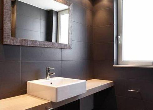 黄铜不锈钢_一般家用卫生间面盆尺寸是多少的_百度知道