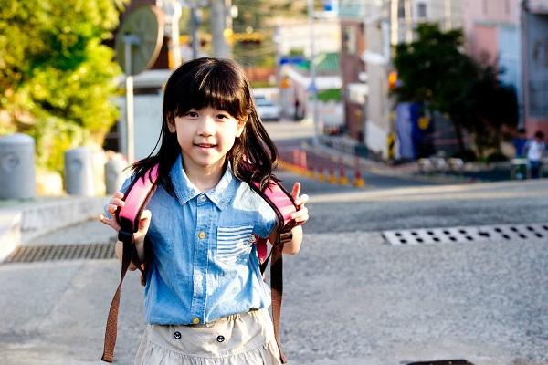 求真实的强奸幼女电影种子_韩国儿童性侵事件拍成的电影有哪些_百度知道