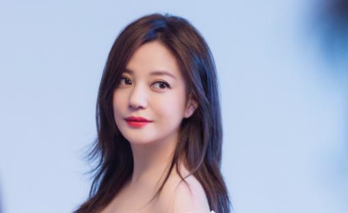 网友说赵薇女儿是高级脸,高级的标准是什么?