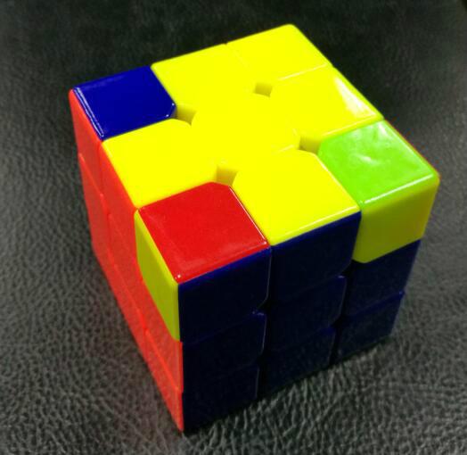 极鬼椒王图片_三阶魔方顶层角块_三阶魔方顶面_3阶魔方顶层_顶层十字公式