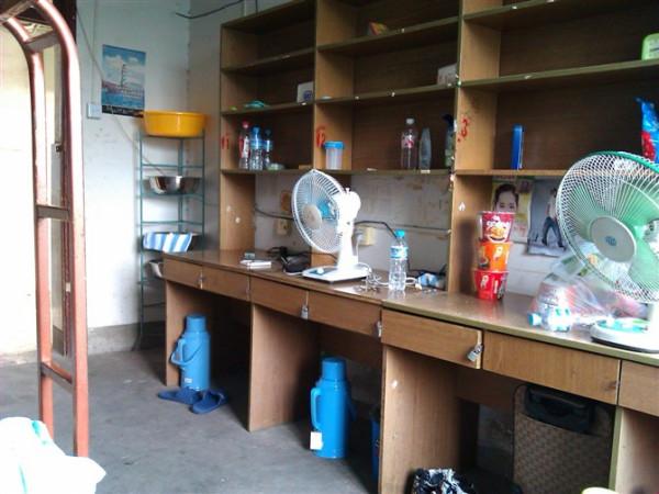安徽工业大学工商学院的女生宿舍图片图片