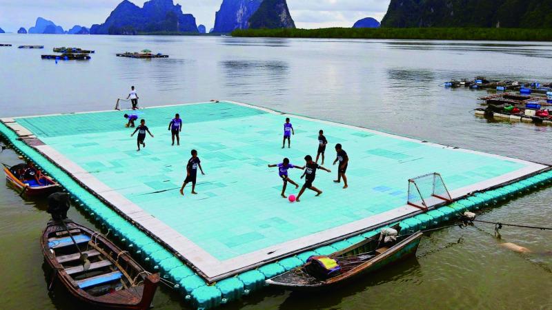 世界上最最最奇葩的足球场