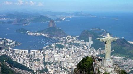 巴西旅游胜地为什么沦为垃圾坑?的头图
