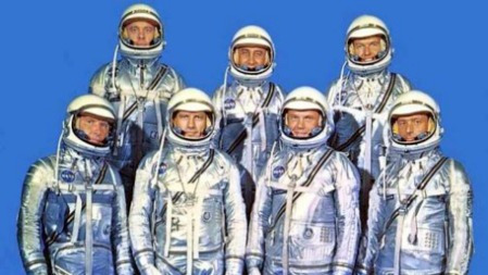 中国是如何选拔航天员的?的头图