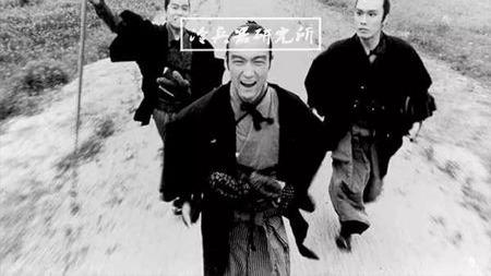 总说日本武士刀源自唐刀,那为何唐刀是直刃而日本刀是弯的?